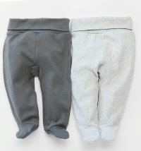 Pakiranje dva para hlača sa stopalicama