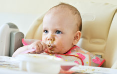 5 načina kako potaknuti dijete da samostalno jede