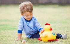 Sigurnost nije igra: 5 stvari koje trebate znati prilikom kupovine igračke za dijete