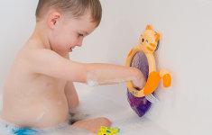 Igračke za kupanje: Vrijeme je za zabavu i učenje u vodi